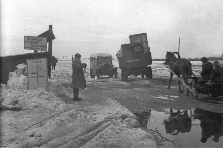Ледовая дорога жизни, блокадный Ленинград (4)