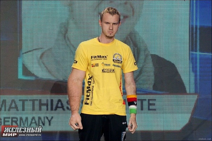 Немецкий чемпион по армрестлингу Маттиас Popeye Шлитте.