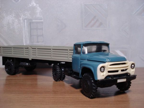 Коллекция советских моделек масштаба 1:43 (17)