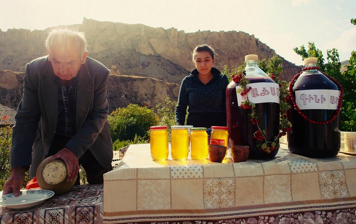 Бухалово-едалово в армянском Арени (4)