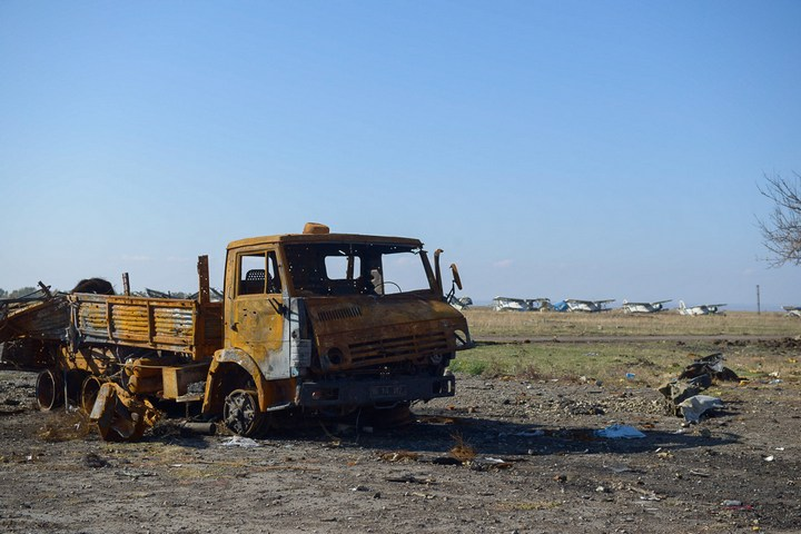 Аэропорт Луганска, наши дни (6)