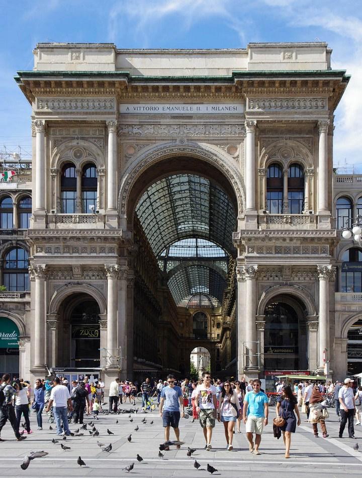 Улица под куполом в Милане (5)