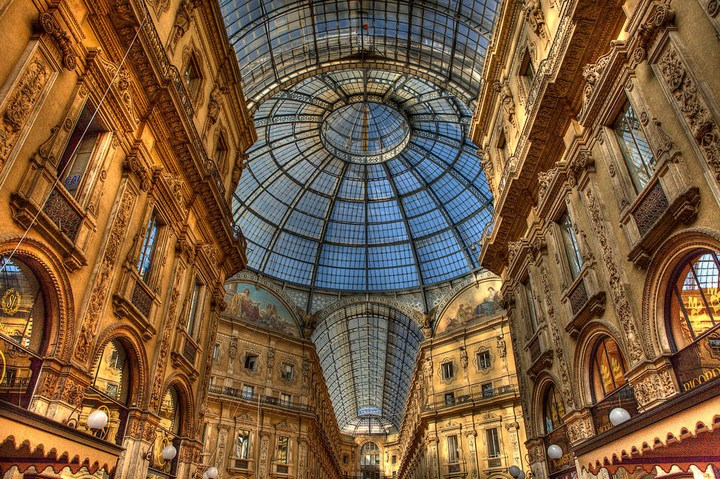 Улица под куполом в Милане (3)