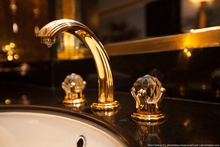 Самый дорогой гостиничный номер в семизвездочном отеле Burj Al Arab (36)