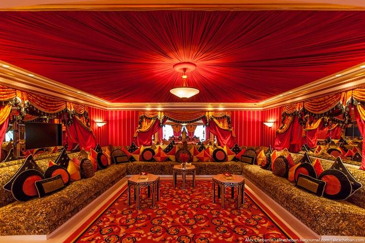 Самый дорогой гостиничный номер в семизвездочном отеле Burj Al Arab (31)