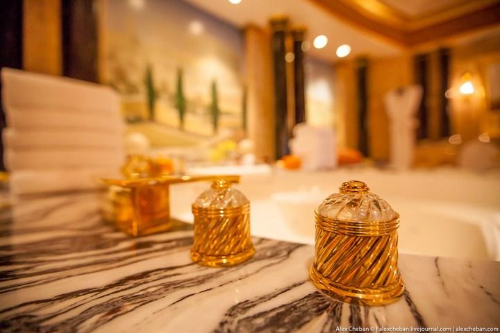 Самый дорогой гостиничный номер в семизвездочном отеле Burj Al Arab (24)