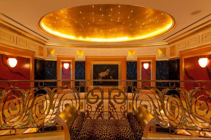 Самый дорогой гостиничный номер в семизвездочном отеле Burj Al Arab (18)
