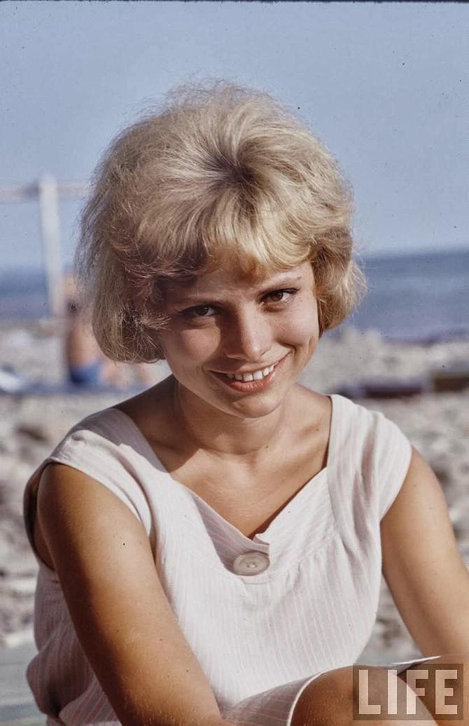 Советские пляжные фотографии 1967 года (19)
