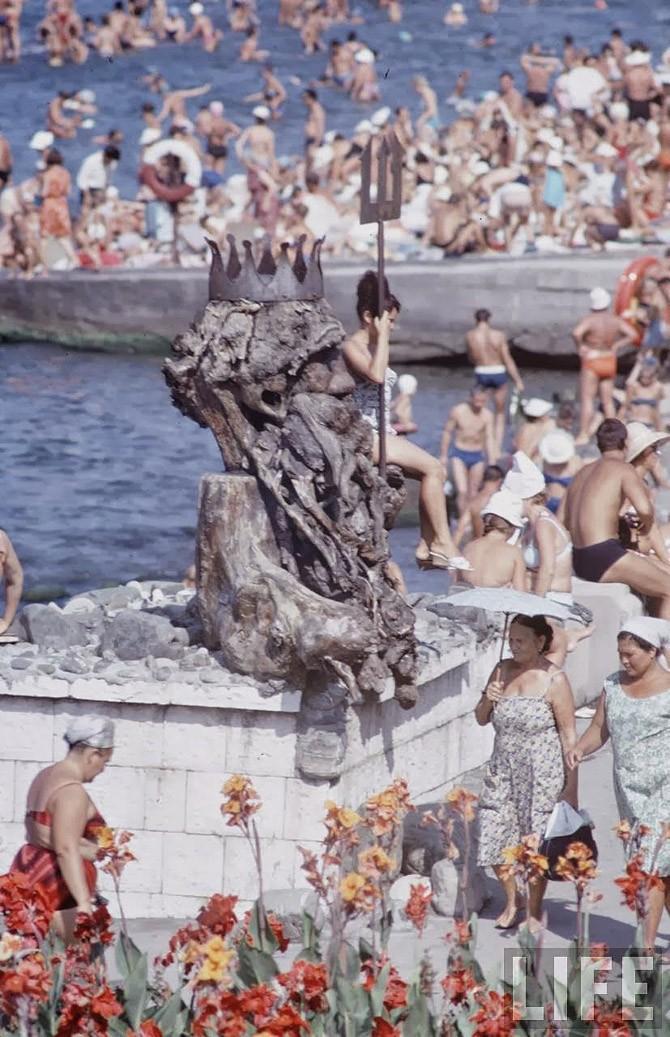 Советские пляжные фотографии 1967 года (9)