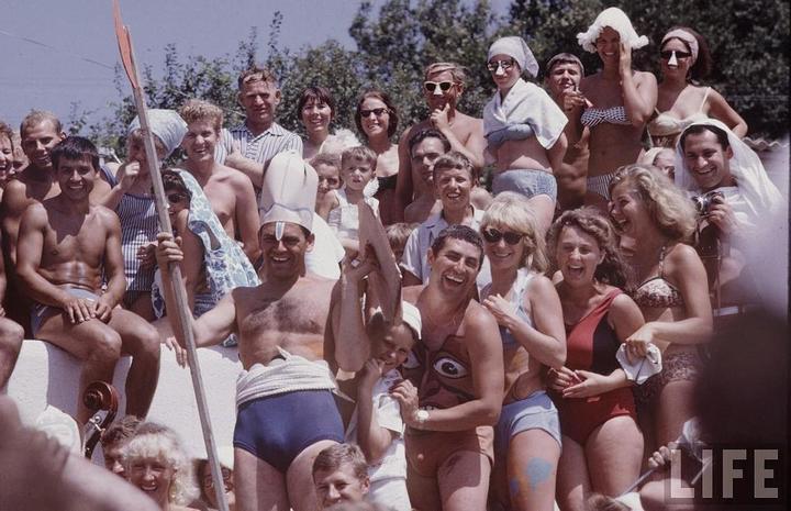 Советские пляжные фотографии 1967 года (3)