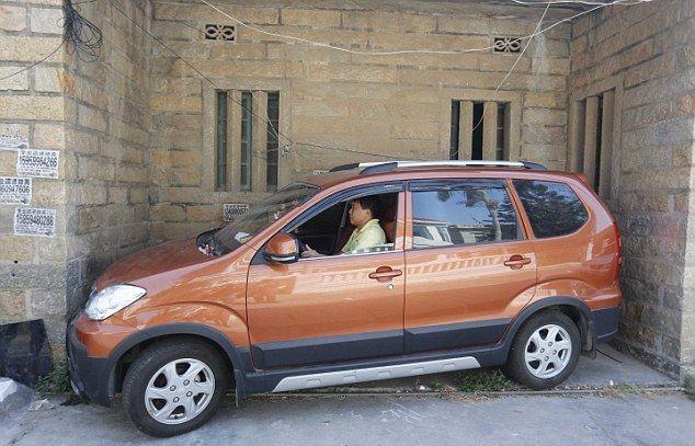Мастер парковки из Китая (1)