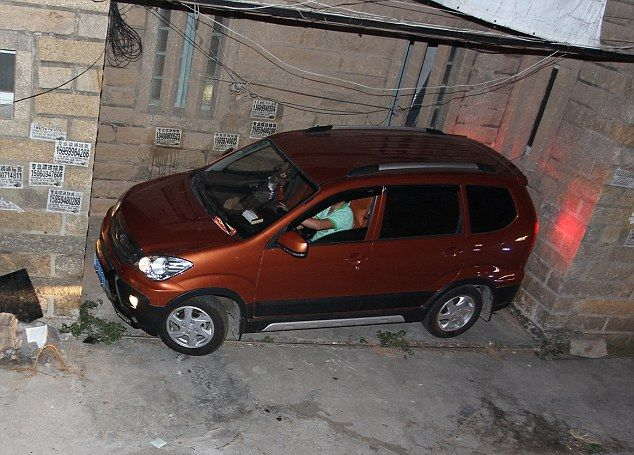 Мастер парковки из Китая (3)