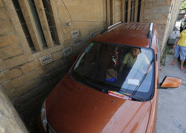 Мастер парковки из Китая (4)