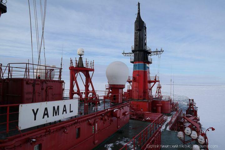 Как спасали людей и оборудование в Арктике (2)