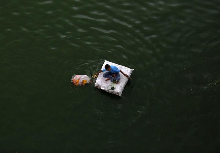 Работа на мусорных свалках в Индии (5)