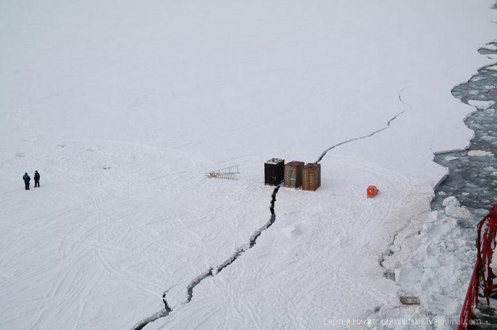 Как спасали людей и оборудование в Арктике (8)