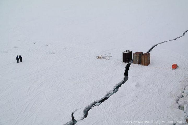 Как спасали людей и оборудование в Арктике (9)