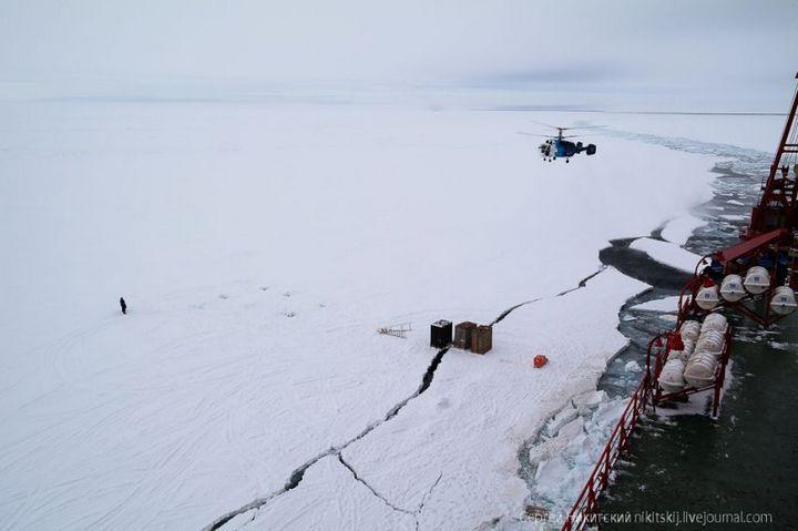 Как спасали людей и оборудование в Арктике (10)