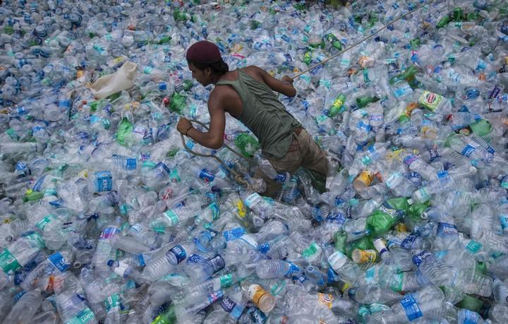 Работа на мусорных свалках в Индии (10)