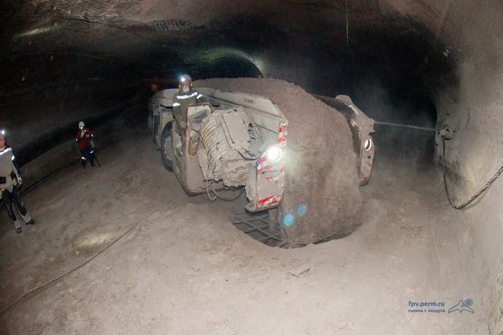 Как добывают калий (калийный минерал, сильвенит) (11)