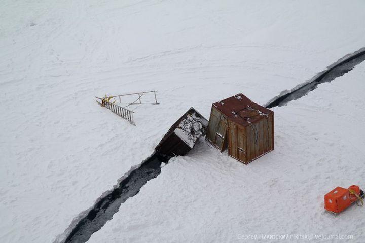 Как спасали людей и оборудование в Арктике (12)