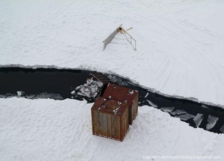 Как спасали людей и оборудование в Арктике (14)