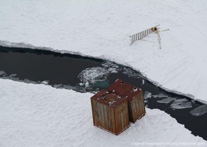 Как спасали людей и оборудование в Арктике (15)