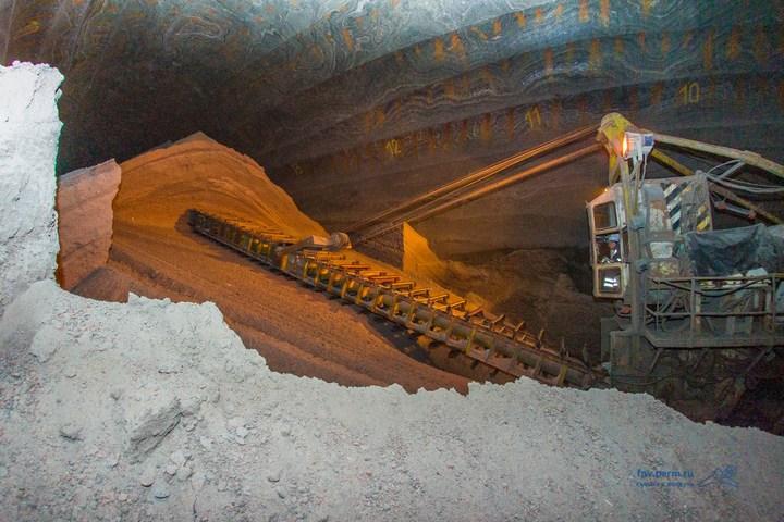 Как добывают калий (калийный минерал, сильвенит) (15)