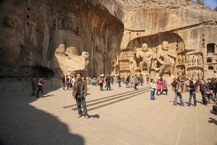 Лунмэнь – каменные пещеры у Драконовых ворот (9)