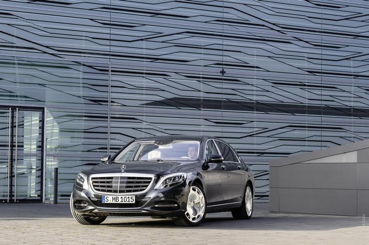 Mercedes-Maybach 2015. Сколько стоит самый тихий автомобиль в мире? (4)
