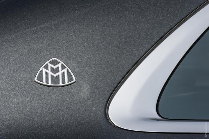 Mercedes-Maybach 2015. Сколько стоит самый тихий автомобиль в мире? (13)