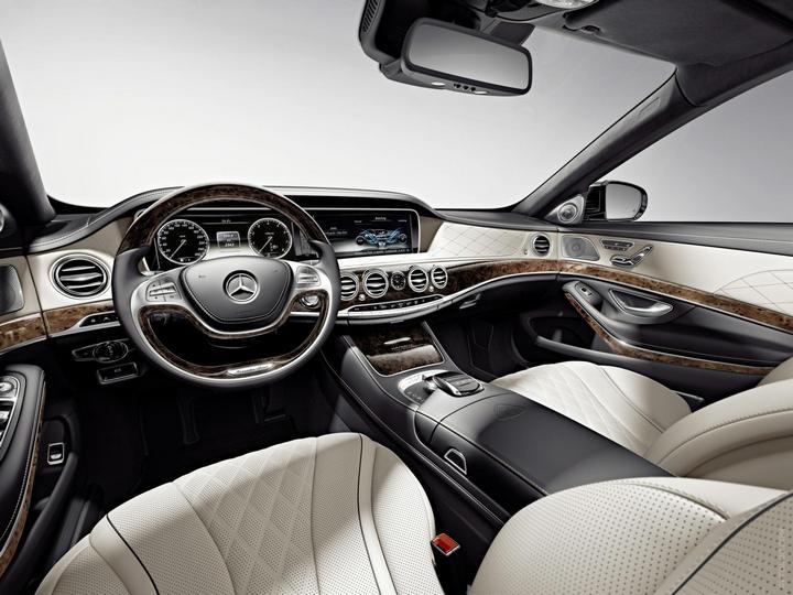 Mercedes-Maybach 2015. Сколько стоит самый тихий автомобиль в мире? (15)