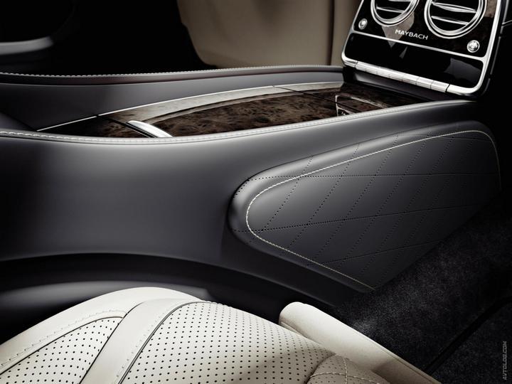 Mercedes-Maybach 2015. Сколько стоит самый тихий автомобиль в мире? (33)