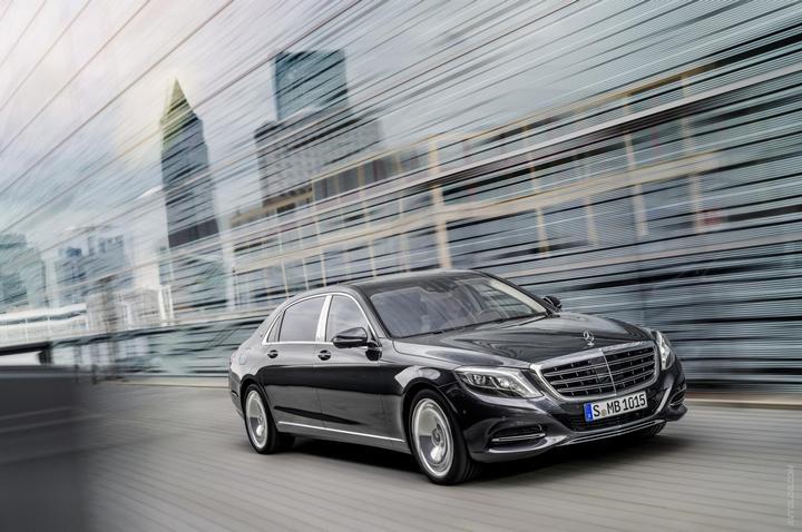 Mercedes-Maybach 2015. Сколько стоит самый тихий автомобиль в мире? (37)