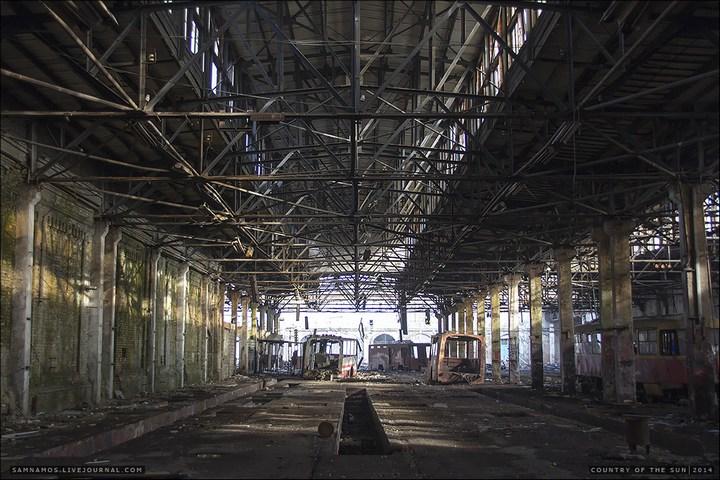 Заброшенный Киевский завод Электротранспорта (2)