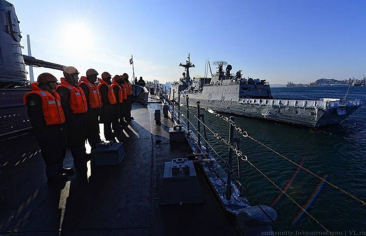 Визит корейского эсминца во Владивосток (6)