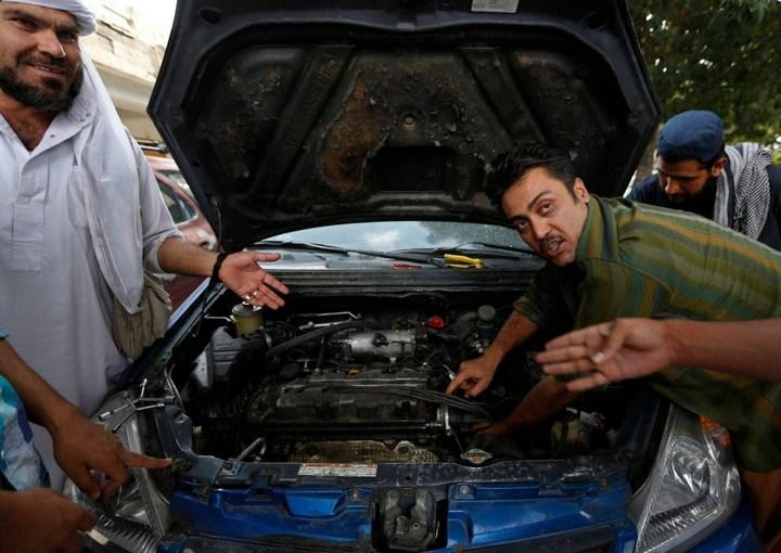 Как получают водительские права в Кабуле (10)