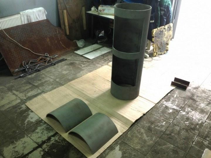 Оригинальный мангал в виде паровоза (10)
