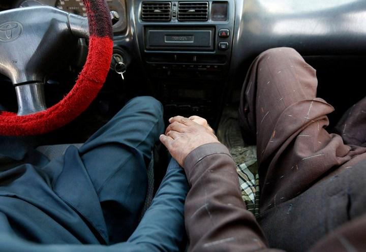 Как получают водительские права в Кабуле (11)