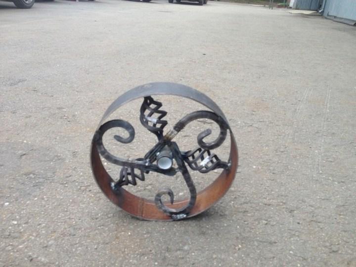 Оригинальный мангал в виде паровоза (12)