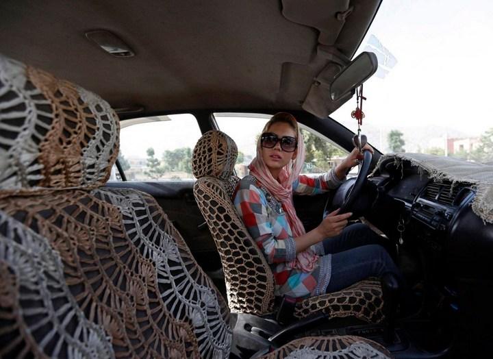 Как получают водительские права в Кабуле (14)