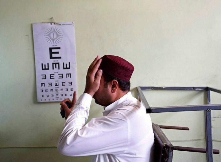 Как получают водительские права в Кабуле (17)