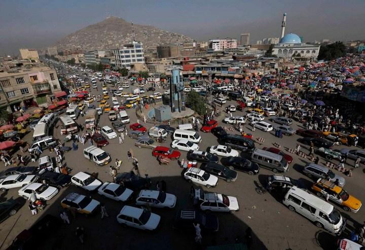 Как получают водительские права в Кабуле (20)