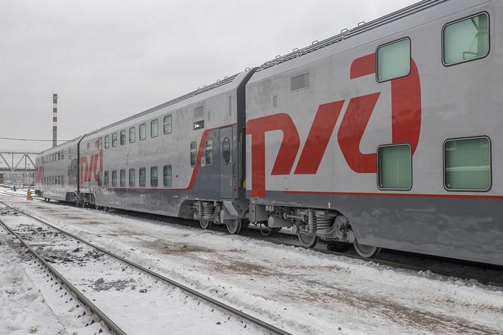 Новый двухэтажный поезд РЖД (1)