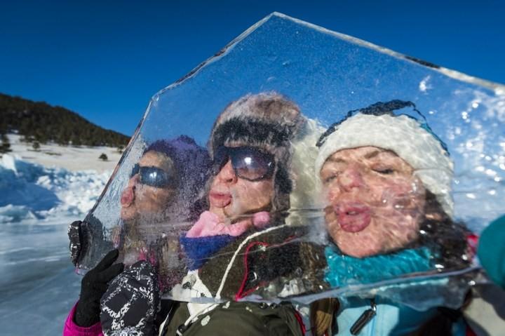 Замерзшее озеро Байкал (8)