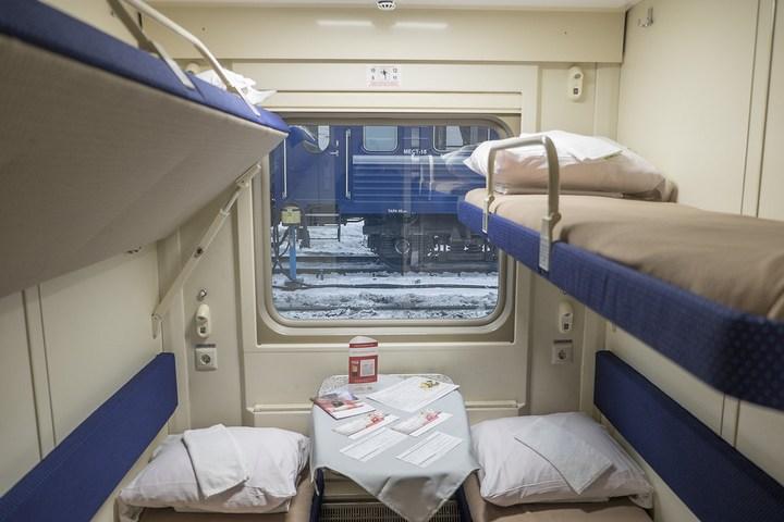Новый двухэтажный поезд РЖД (15)
