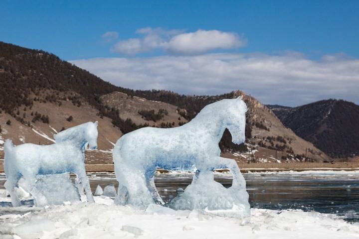Замерзшее озеро Байкал (16)