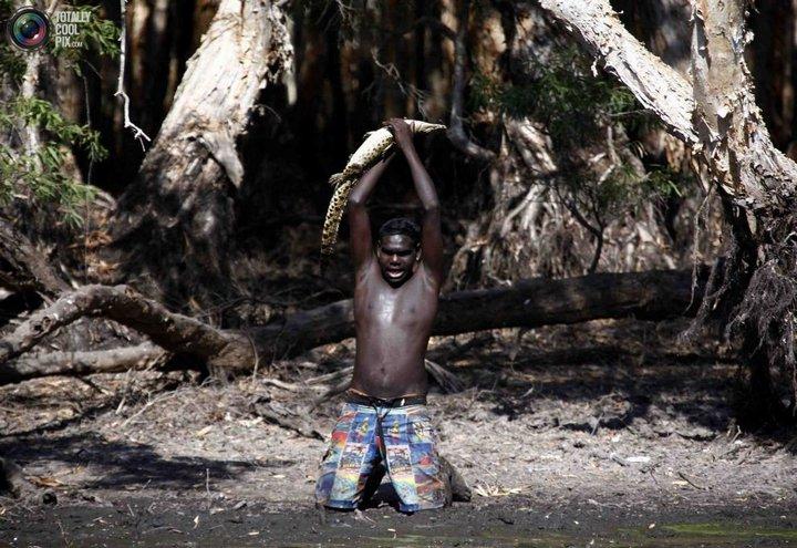 Как живут австралийские аборигены Йолнгу (17)