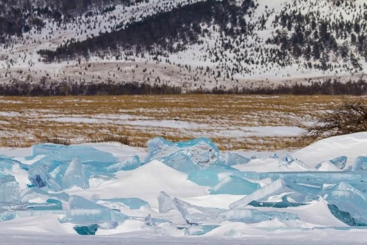 Замерзшее озеро Байкал (20)