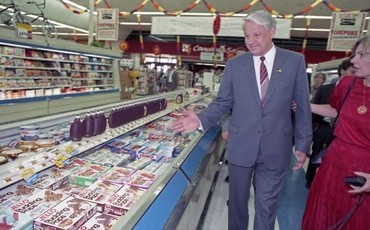 Как Ельцин впервые в жизни в американском супермаркете побывал (3)
